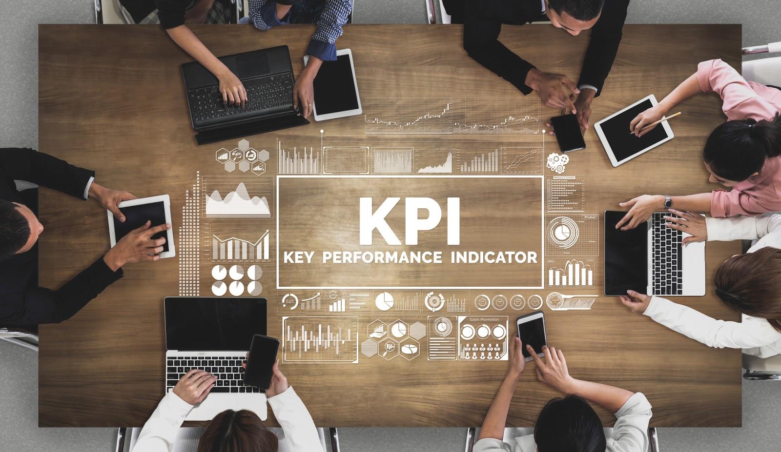 group measuring key performance indicators